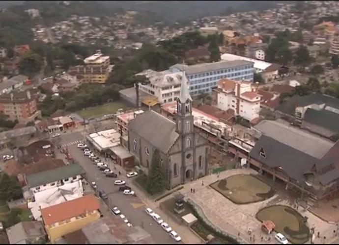 Igreja São Pedro é uma das atrações de Gramado (Foto: Globo)