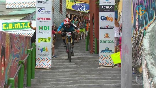 Espanhol Javier Guijarro vence Descida das Escadas de Santos 2017