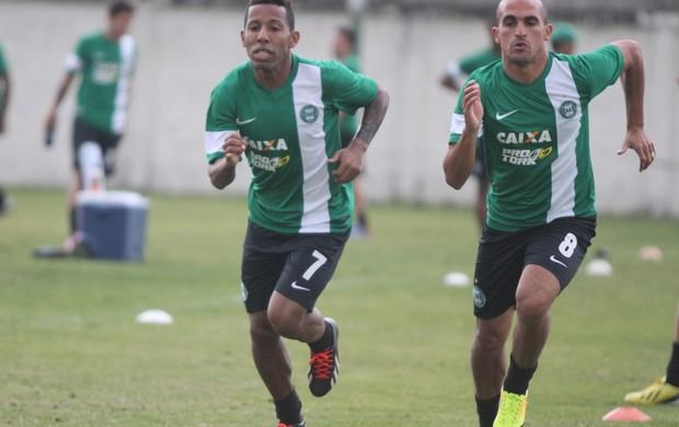 Vitor Junior Gil Coritiba treino (Foto: Divulgação / Site oficial do Coritiba)