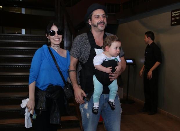 Karen Brusttolin, Alexandre Nero e Noá (Foto: Daniel Delmiro/AgNews)