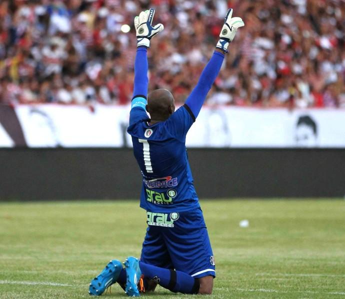 Tiago Cardoso (Foto: Aldo Carneiro (Pernambuco/Press))