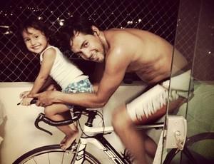 Ana Luiza, filha do atleta e fisioterapeuta Alex Cunha (Foto: Alexsander Cunha/ Divulgação)