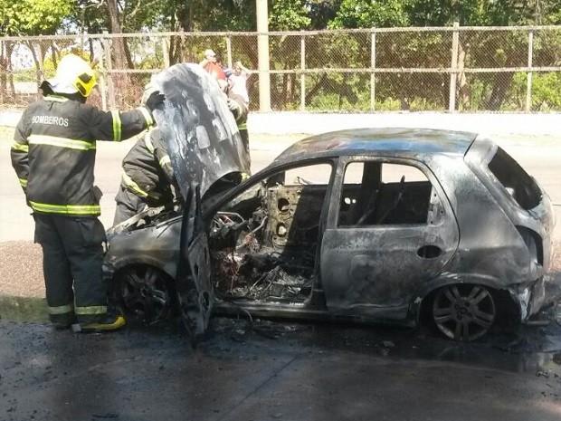 amapá; macapá; incêndio; carro; (Foto: André Borges/Arquivo Pessoal)
