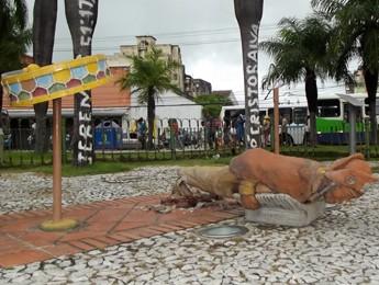 Câmeras não flagraram momento da depredação (Foto: Begson Lira/TV Globo)