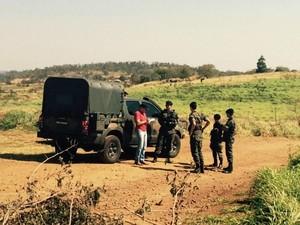 Tropas do Exército começam a chegar em Antônio João (Foto: Martim Andrada/TV Morena)
