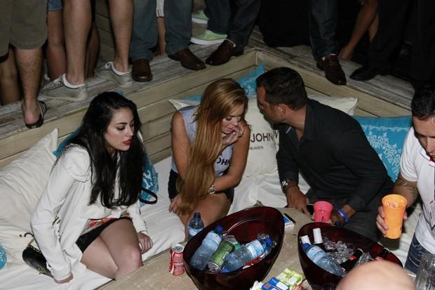 Lindsay Lohan no Café de la Musique, em Florianópolis (Foto: Alex Macedo/AgNews)