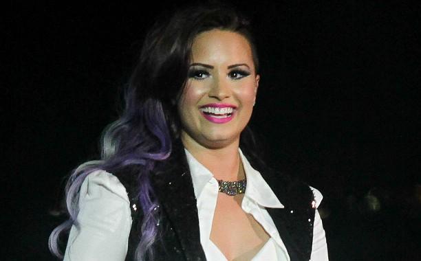 """Demi Lovato afirma: """"Sofri bullying quando eu tinha 12 anos. Mas não estou dizendo que eu era totalmente inocente..."""". (Foto: Getty Images)"""