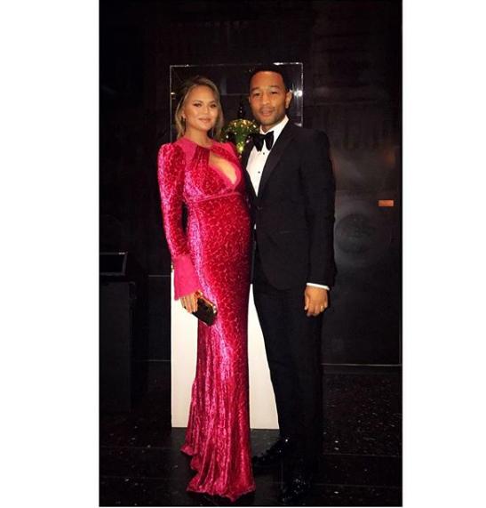 Chrissy Teigen e John Legend (Foto: Instagram)