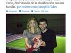 Shakira segura Milan ao lado de Piqué em foto publicada no Twitter