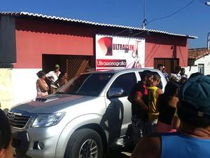 Médico foi morto na frente da clínica onde trabalhava  (Foto: G1/RN)