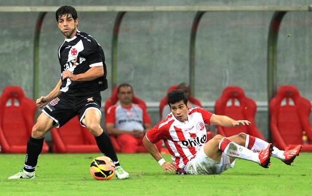 Juninho Pernambucano jogo Vasco contra o Náutico (Foto: Marcelo Sadio / Site do Vasco)
