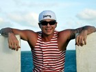Após sete meses, Netinho manda recado para fãs em rede social