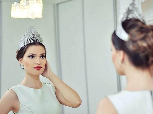 Hanna Weiser, de 23 anos, é a  Miss Mundo Amazonas (Foto: Mauro Jorge/Divulgação)