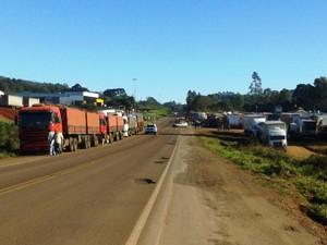 Caminhoneiros fazem protestos em rodovias de SC (Foto: Gilvan Tomasi Pahim/Divulgação)