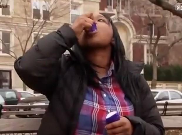 Nicole chega a comer 15 tubos de desodorante por mês (Foto: Reprodução)