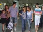 Recebida por fãs, Preta Gil desembarca em Belém do Pará