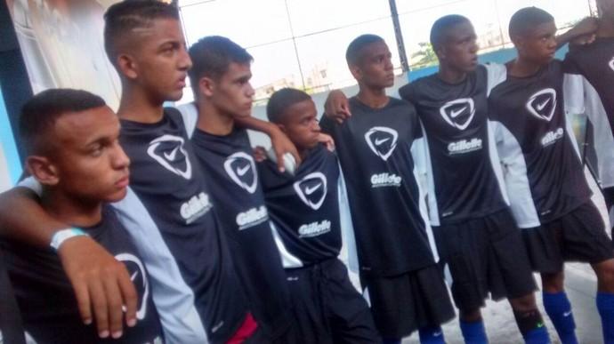 Meninos da Vila Kennedy estreiam com vitória (Foto: Divulgação)