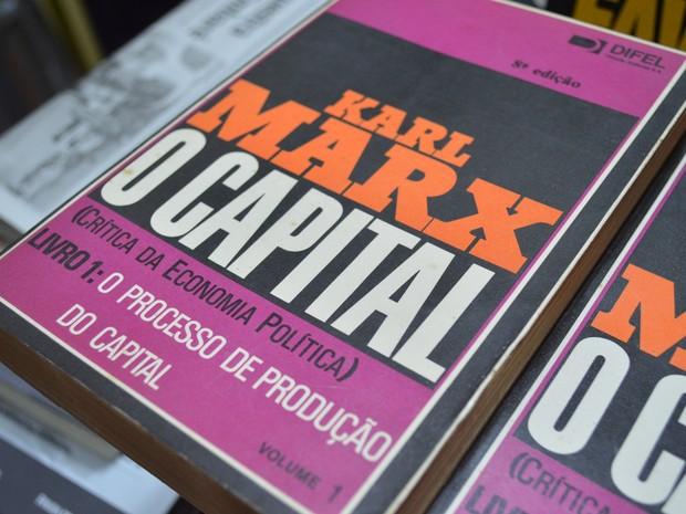 Para Antonie, Karl Marx pensava como Jesus Cristo (Foto: Guilherme Lucio/G1)