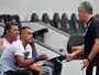 Ex-atacante Dodô inicia estágio com técnico Dorival Júnior no Santos