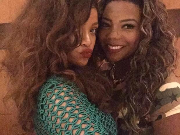 Rihanna e MC Ludmilla (Foto: Instagram / Reprodução)