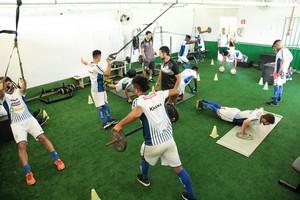 Luverdense treina parte física (Foto: Assessoria/Luverdense EC)