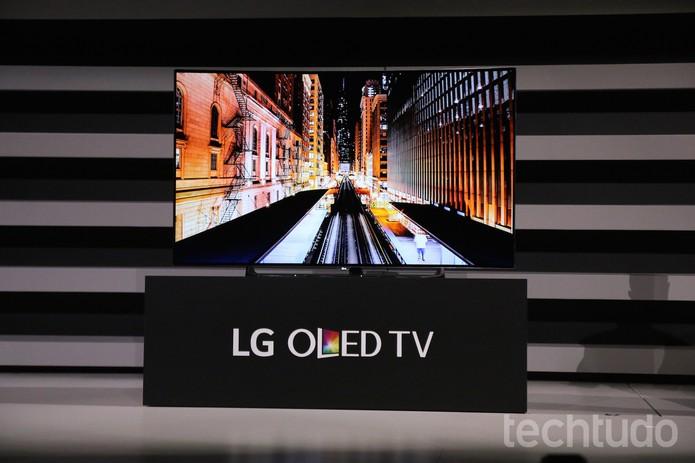 LG mostra sua nova TV OLED na CES 2015 (Foto: Fabrício Vitorino/TechTudo)