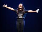 Fernanda Souza comemora três anos de peça: 'Presente de Deus'