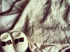 Carol Francischini posta foto de  roupa para a filha: 'Já é fashionista'