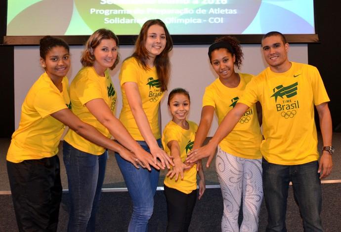 Atletas do Programa Bolsa Olímpica para Atletas (BOA) (Foto: Rafael Bello/COB)