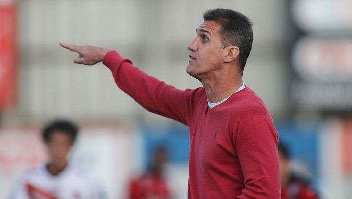 Vagner Mancini Vitória (Foto: Giuliano Gomes/ Agência PRPRESS)