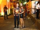 Camila Queiroz e Klebber Toledo falam sobre o romance intenso