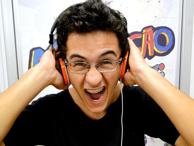 David Lucas toca bateria e se amarra no som da banda Slipknopt (Foto: Foto: Malhação / TV Globo)
