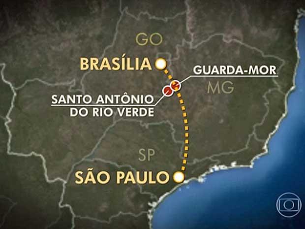 Mapa da região entre Goiás e Minas Gerais e rota que jatinho deveria seguir (Foto: Reprodução / TV Globo)