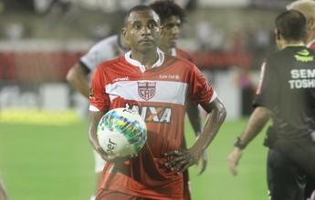 Lateral Diego cobra vitória do CRB e diz: 'Estamos dando sopa para o azar'