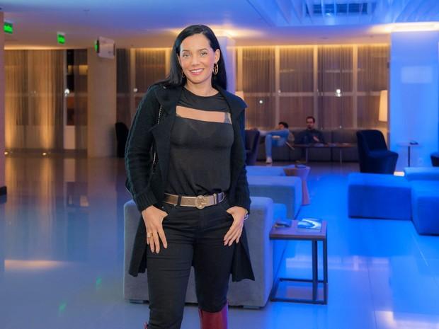 Mônica Carvalho em estreia de peça em São Paulo (Foto: Samuel Chaves/ Brazil News)