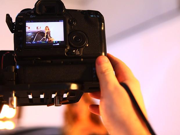 Geisy Arruda participa de gravação de clipe (Foto: Iwi Onodera / EGO)