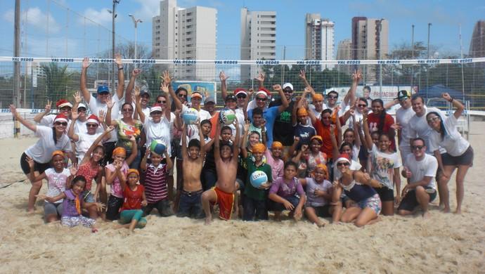 Taiana faz evento para crianças carentes em Fortaleza (Foto: Thaís Jorge)