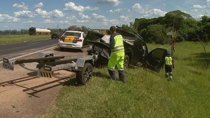Motorista de caminhonete fica gravemente ferido em acidente em Cravinhos, SP
