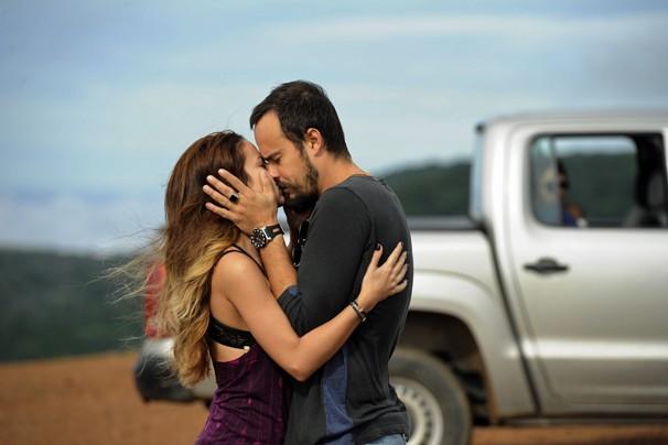 Paulo Vilhena e Andreia Horta estão em A Teia, telefilme que vai ao ar na terça, dia 13 de janeiro (Foto: CEDOC Globo)