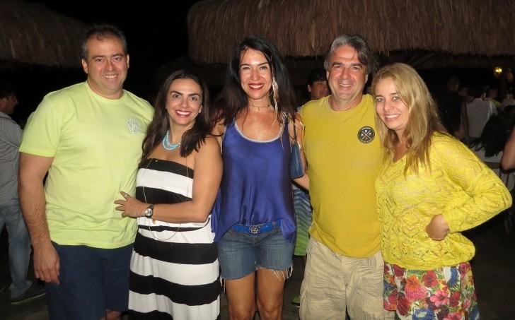 Love Noronha Bar do Cachorro 2