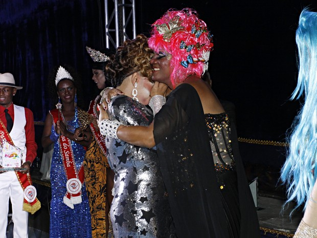 Fabyany Carraro Brasil: Rainha drag se emociona (Foto: Celso Tavares/ EGO)