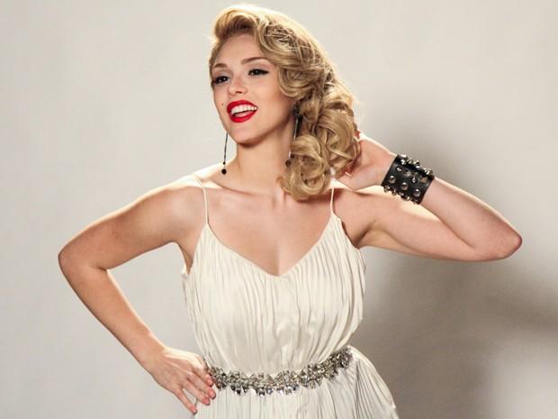 Fiu-fiu!!! Patricinha se veste à la Marilyn Monroe e fica um arraso (Foto: Camila Camacho/Gshow)