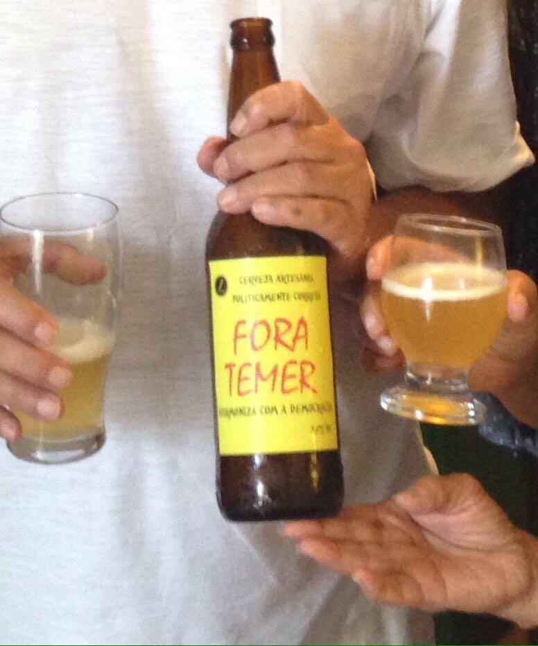 A cerveja 'Fora, Temer'
