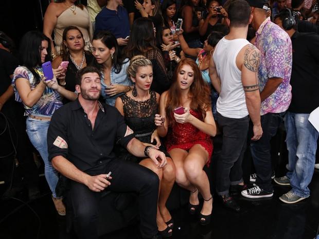 Ex-BBB Amanda nos bastidores da final do 'BBB 14' (Foto: Felipe Assumpção e Leo Marinho/ Ag. News)