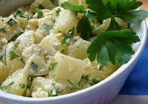 Salada de batatas com maionese
