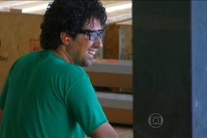 'Chefe secreto' revela disfarce e se emociona com seus funcionários (Rede Globo)