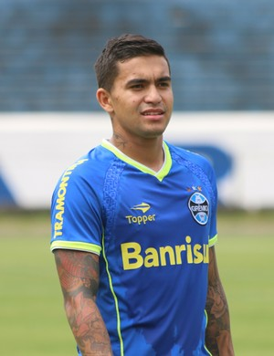 Corinthians vence disputa com rivais e encaminha acordo com atacante Dudu