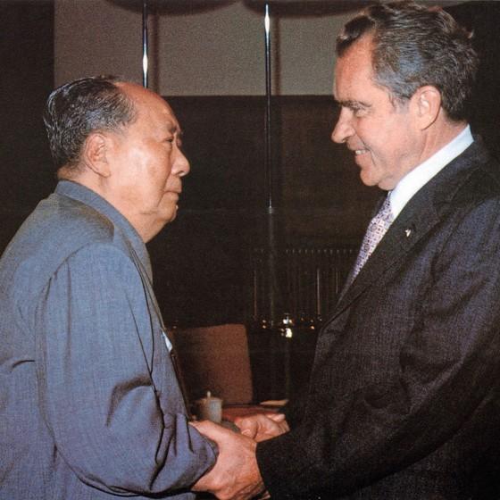 Mao Tsé-Tung e Richard Nixon,na histórica visita dos EUA á China em 1972 (Foto: XINHUA/AFP)