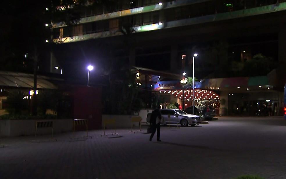 Entrada do Maksoud Plaza, em São Paulo (Foto: Reprodução/TV Globo)