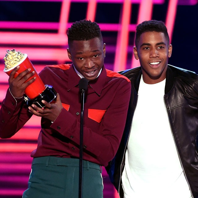 Ashton Sanders e Jharrel Jerome levaram Melhor Beijo no MTV Awards 2017 (Foto: Getty Images)
